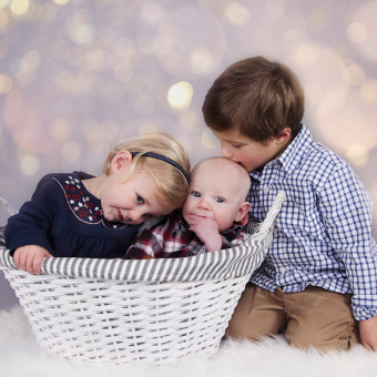 Leo, Noa and Ezra's Christmas Mini Session.