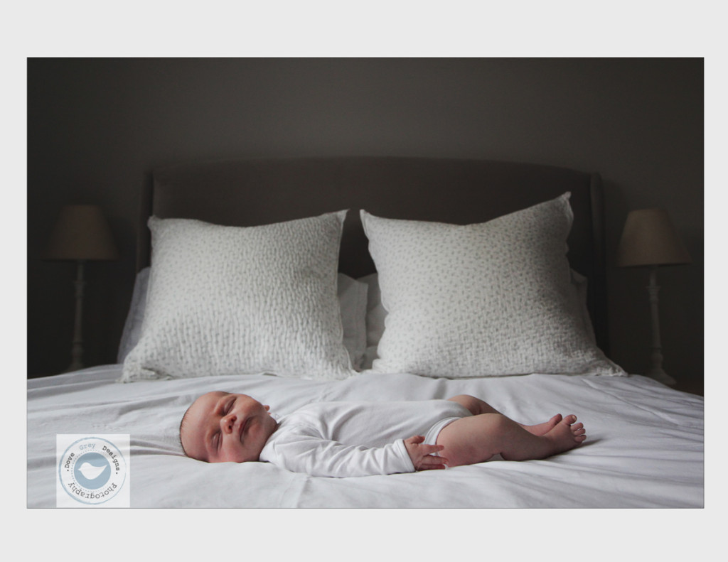 Mathias Relaxed Newborn at Home Photoshoot (1)-2